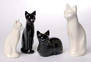 cat urns