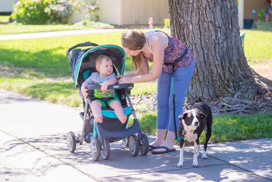 mom and baby with hands free dog leash